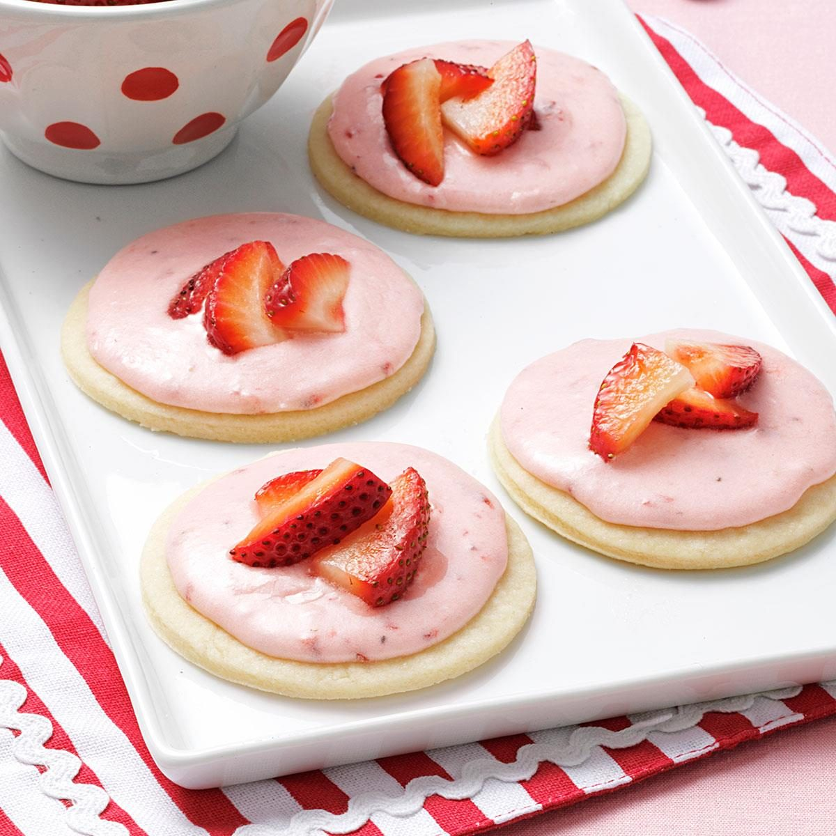 Strawberry cookie recipe from scratch