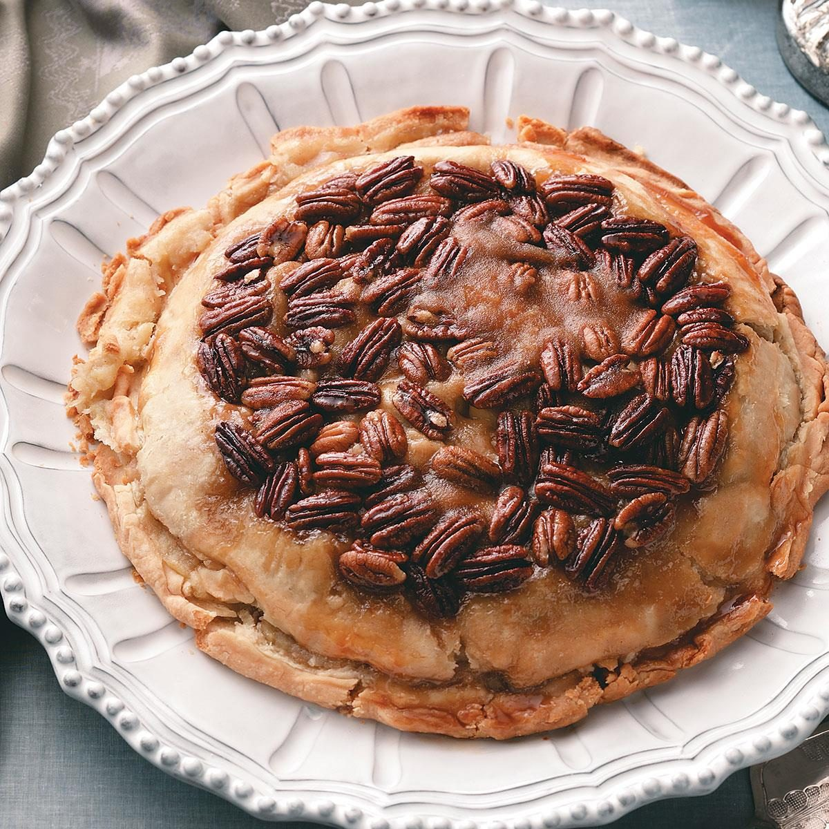 Upside-Down Apple Pecan Pie Recipe | Taste of Home