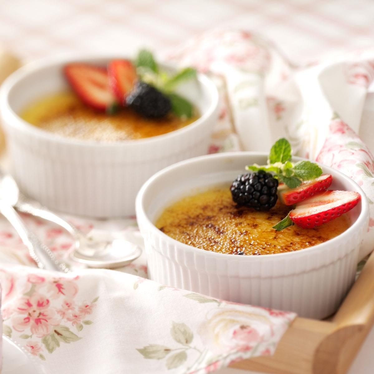 White Chocolate Creme Brulee Recipe | Taste of Home