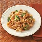 Contest-Winning Peanut Chicken Stir-Fry