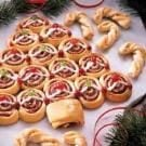 Cranberry Cinnamon Christmas Tree Rolls