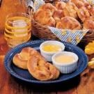 Pretzels with Cheese Dip