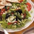 Greek Garden Salad with Dressing