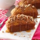 Mini Pumpkin Cakes with Praline Sauce