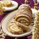 Pumpkin-Toffee Cake Roll