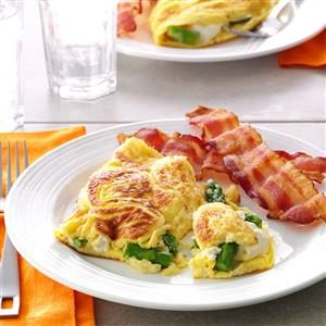 Asparagus Cream Cheese Omelet Recipe