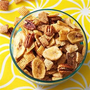 Bananas Foster Crunch Mix