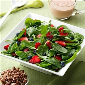Berry Delightful Spinach Salad Recipe