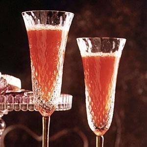 Strawberry-Champagne Punch Recipe