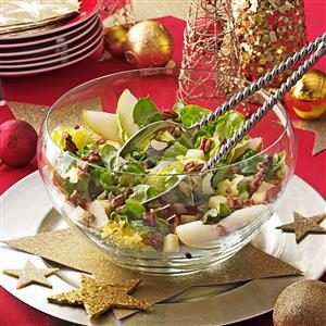 Candied Pecan and Pear Salad Recipe