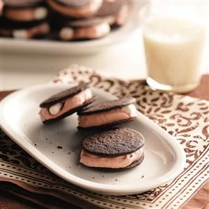 Chocolate Pudding Sandwiches Recipe
