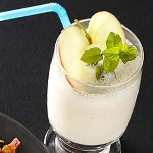 Cinnamon Apple Shakes Recipe