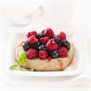 Cocoa Meringues with Berries Recipe