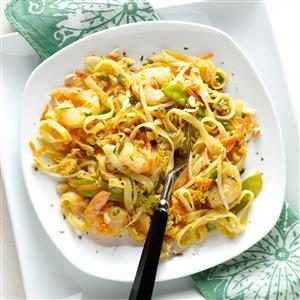 Colorful Shrimp Pad Thai Recipe