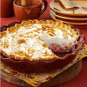 Contest-Winning Rhubarb Meringue Pie Recipe