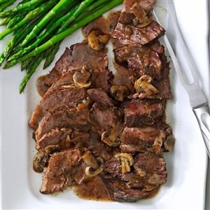 Country Chuck Roast with Mushroom Gravy Recipe