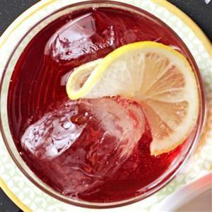 Cranberry-Grape Spritzer Recipe