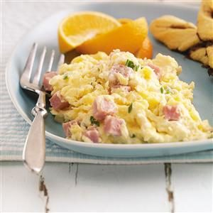 Creamy Scrambled Eggs with Ham Recipe
