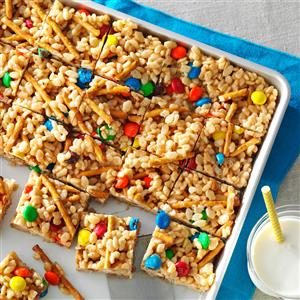 Crispy Pretzel Bars Recipe