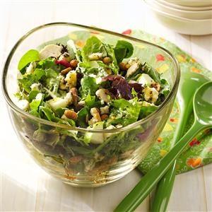 Crunchy Apple Mixed Greens Salad Recipe