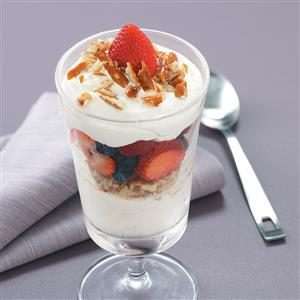 Crunchy Lime & Berry Parfaits Recipe