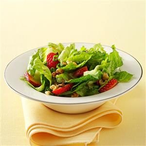 Crunchy Romaine Strawberry Salad
