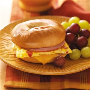 Dad's Quick Bagel Omelet Sandwich Recipe