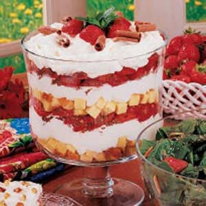 Strawberry Cheesecake Trifle Recipe