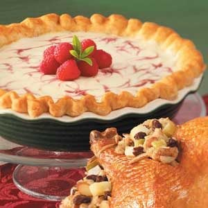 Raspberry Swirl Cheesecake Pie Recipe