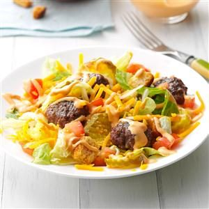 Deluxe Cheeseburger Salad