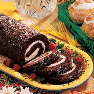 Chocolate Zucchini Roll Recipe