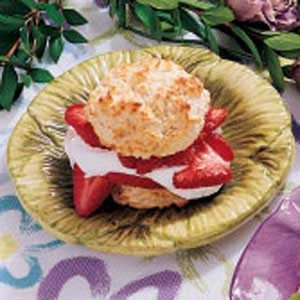 Biscuit Strawberry Shortcake
