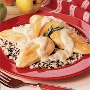 Chicken with Apple Cream Sauce Recipe