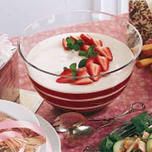 Rhubarb Berry Delight Salad Recipe