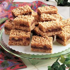 Caramel-Chocolate Oat Squares Recipe