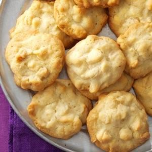 White Chocolate Macadamia Cookies Recipe