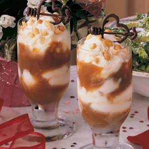 Sweetheart Sundaes Recipe