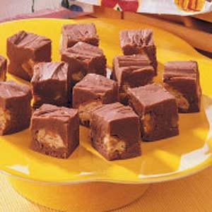 Rich Candy Bar Fudge Recipe
