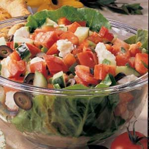 Quick Greek Garden Salad Recipe