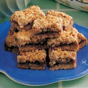 Apple-Berry Streusel Bars Recipe