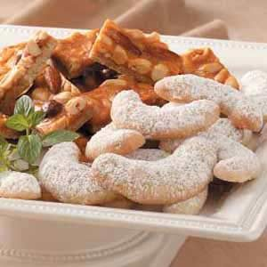 Pecan Crescent Cookies Recipe