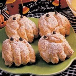 Spooky Cream Puffs Recipe