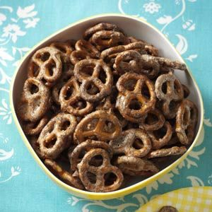 Sweet Chipotle Pretzels Recipe