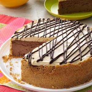Blissful Peanut Butter-Chocolate Cheesecake Recipe