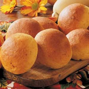 Butternut Squash Dinner Rolls Recipe