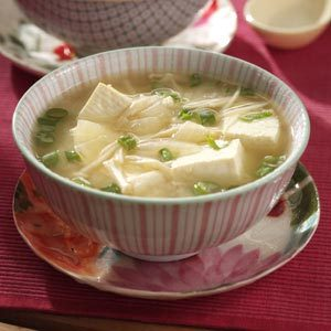 Miso Soup with Tofu and Enoki