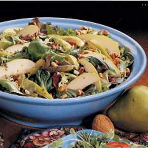 Walnut Pear Salad Recipe