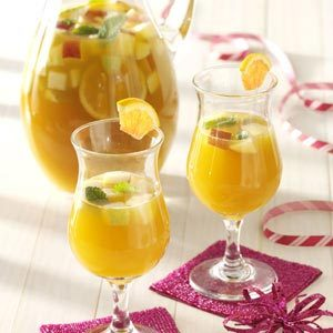 Spice Apricot Sangria