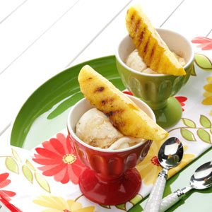 Grilled Pineapple & Maple Sundaes Recipe