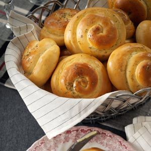 Grandma's Rosemary Dinner Rolls Recipe